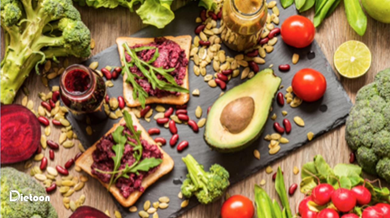 دررژیم غذایی پالئولتیکچه چیزهایی می توانید بخورید