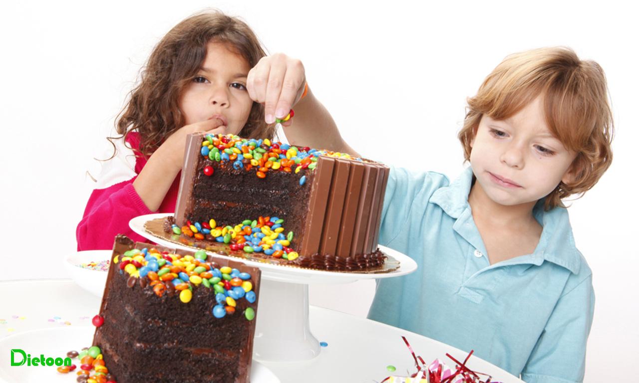 رها کردن کودک از شر غذاهای بی خاصیت وسوسه برانگیز