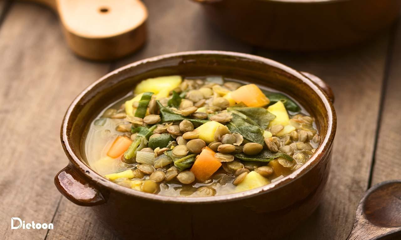 طرز تهیه ی سوپ اسفناج عدس و سیب زمینی